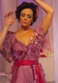 atriz vanessa gerbelli em cena do espetaculo as meninas 2010