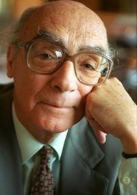 O escritor português José Saramago, que morreu aos 87 anos (12/7/1997)