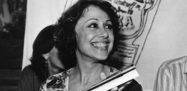 A atriz Dina Sfat no lançamento de seu livro (17/01/89)