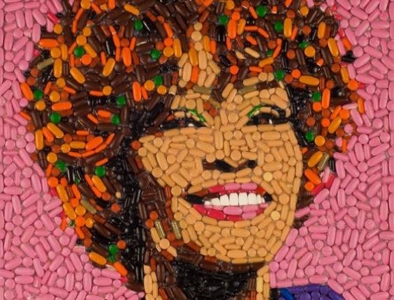 A cantora Whitney Houston é retratada pelo artista americano Jason Mecier (1/3/2012)