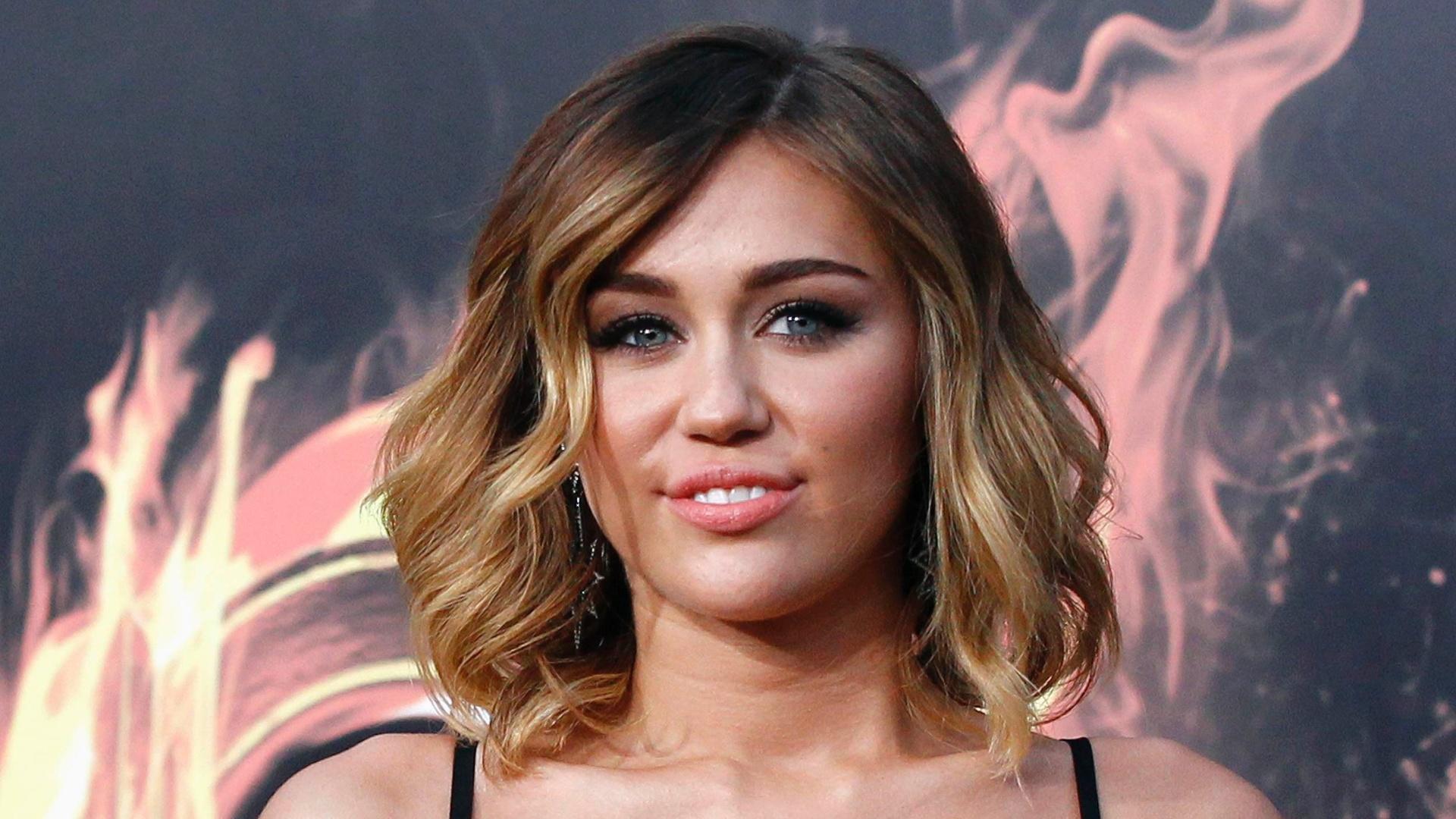 A cantora Miley Cyrus na pré-estreia de