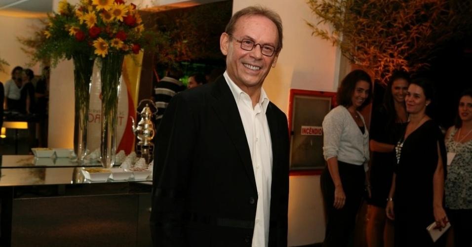 José Wilker é um dos recordistas de indicação do Prêmio Shell 2012 no Rio pela direção de