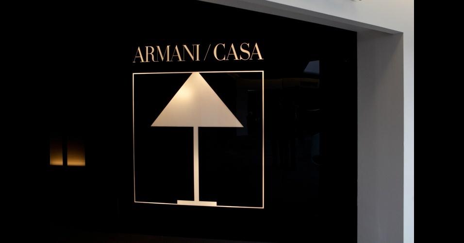 Fachada do showroom da Armani/Casa, mais uma prova de que as grandes marcas de moda agora investem pesado em mobiliário