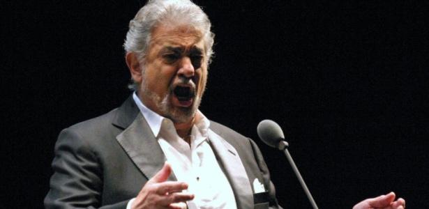 O tenor Plácido Domingo se apresenta no Estádio Olímpico da Universidade Autônoma de Chihuahua, no México (1º/10/2008) - Luis Hinojos/Efe