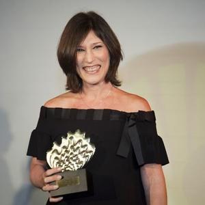 Beth Goulart foi eleita a melhor atriz na 22ª edição do Prêmio Shell de Teatro (05/04/2010) - Divulgação