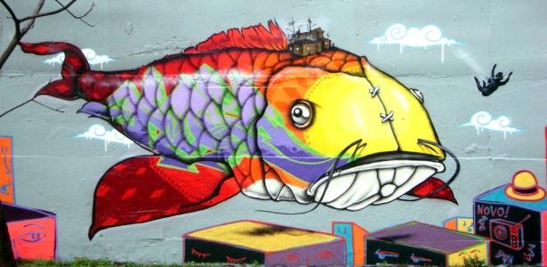 """Detalhe de painel do grafiteiro e artista plástico Binho Ribeiro, presente na mostra """"Organismos Vivos"""", em cartaz na Matilha Cultural, em São Paulo - Divulgação"""