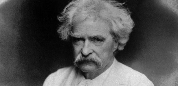 O escritor norte-americano Samuel Longhorne Clemens, mais conhecido por seu pseudônimo Mark Twain (1835-1910) - AP