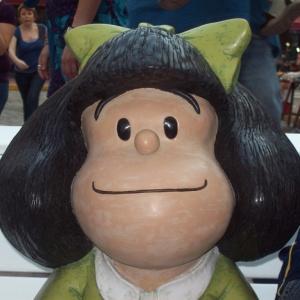 Estátua da personagem Mafalda foi inaugurada em 2009 - Divulgação