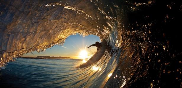 Uma das fotografias que está em exposição nesta edição do FestivAlma Surf, de David Puu - David Puu / Divulgação