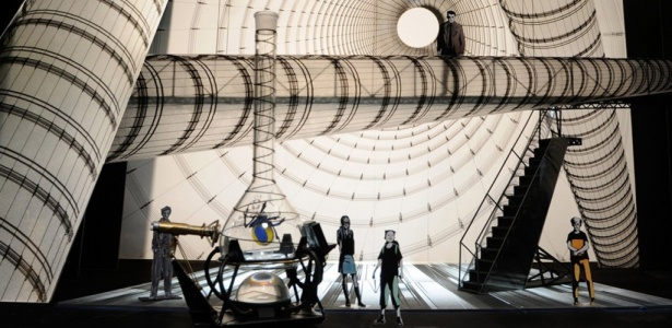 "Cenografia do musical ""Spider-Man Turn Off the Dark"" - The Q&M Company/AP"