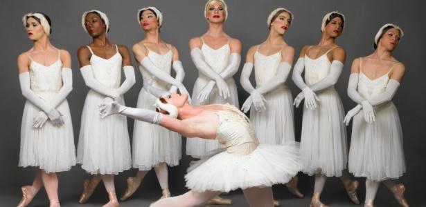 Dançarinos da companhia americana Les Ballets Trockadero de Monte Carlo