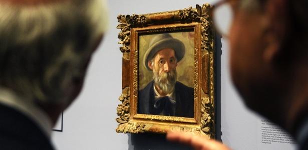 """Pintura """"Autorretrato"""", de Pierre-Auguste Renoir, é exibida na mostra """"Paixão por Renoir"""" no Museu do Prado, em Madri (18/10/2010) - Dominique Fage / AFP"""