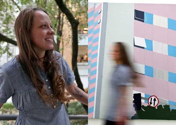 """Ana Sario, 25, posa na galeria Virgílio (e) e junto de obra da exposição """"Lugar Comum"""" (d) -"""