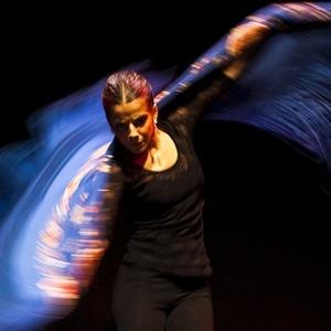 A bailarina Antonia Herrero se apresenta no Palacio del Flamenco em Sevilha, na Espanha (12/11/2010)
