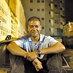 O DJ KL Jay comanda workshop às 13h30 no Memorial da América Latina (SP) - Enio / Divulgação