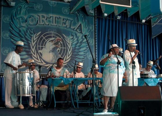 A Velha Guarda da Portela (foto) é uma das atrações do 15º Trem do Samba no Rio - Luciana Whitaker/Folhapress