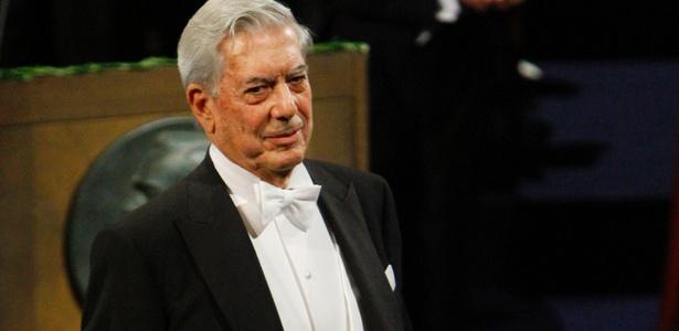 Mario Vargas Llosa durante cerimônia do Nobel de Liberatura em Estocolmo (10/12/2010) - Getty Images