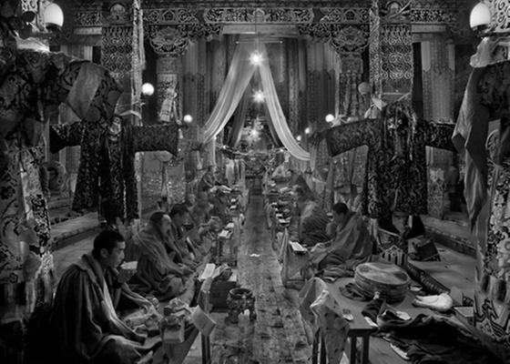 O canadense Larry Louie capturou o clima de um templo budista na China e levou o prêmio principal - Tpoty/Larry Louie