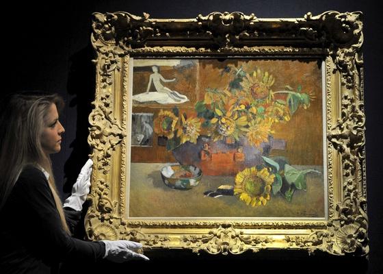 """""""L""""Espérance"""""""", uma das telas de Paul Gauguin, é exibida em Londres (09/02/2011) - Andy Rain / EFE"""