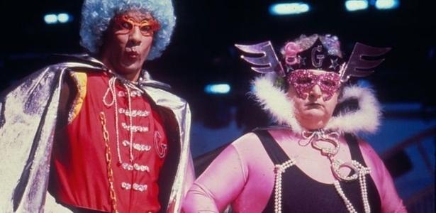 Jô Soares como o Capitão Gay e seu assistente Carlos Suely (Eliezer Motta); o apresentador e humorista é o homenageado desta edição do Risadaria - Divulgação