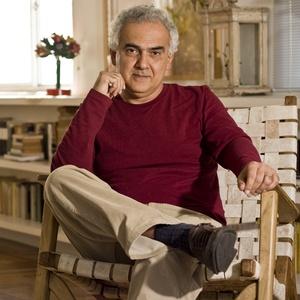O ator Milton Hatoum, um dos nove representantes brasileiros na Feira do Livro de Frankfurt de 2012 - Henrique Manreza/Folhapress