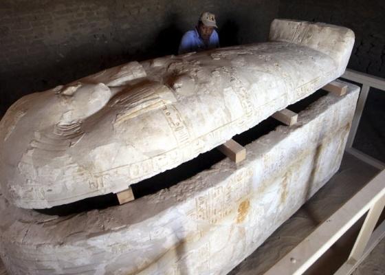 Imagem de tumba de um dos generais do exército de Tutancâmon, exposta no Cairo, Egito (23/5/2011) - EFE/KHALED ELFIQI