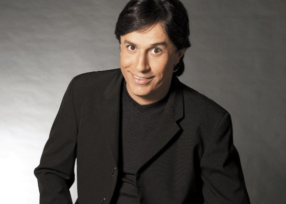 O humorista Tom Cavalcante