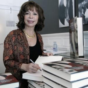 A escritora Isabel Allende, em junho de 2011 - EFE/Juanjo MartÌn
