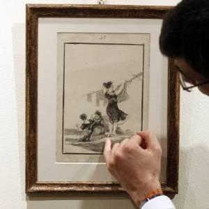 """Desenho """"Hutiles Trabajos"""", de Goya - Andrea Comas/Reuters"""
