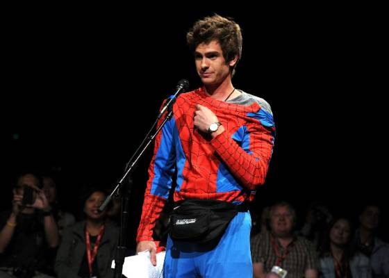 O ator Andrew Garfield, o novo Peter Parker, na Comic-Con (22/7/2011)