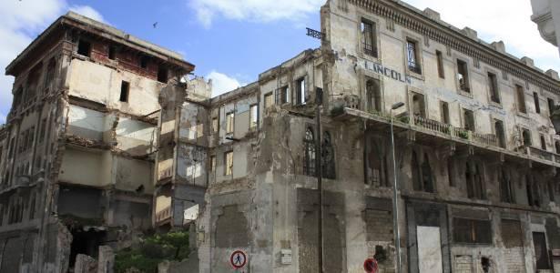 Hotel Lincoln, edifício emblemático situado desde 1912 em Casablanca, no Marrocos (02/08/2011) - EFE