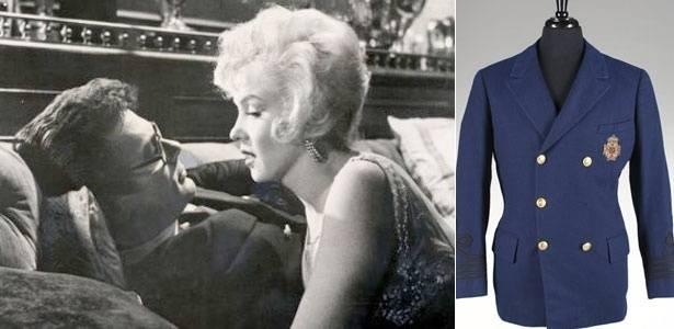 """Tony Curtis e Marilyn Monroe em cena de """"Quanto Mais Quente Melhor"""" (e); jaqueta usada por Curtis na cena do filme será leiloada (d) - Reprodução/AP"""