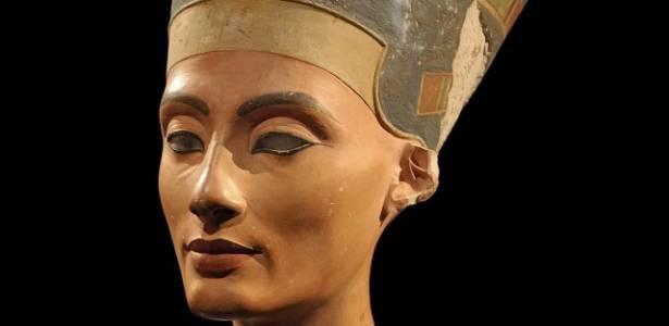 Busto da rainha Nefertiti