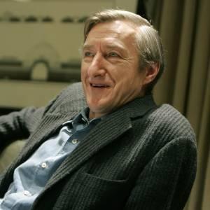 O escritor britânico Julian Barnes em entrevista em Nova York (30/01/2006)     - AP