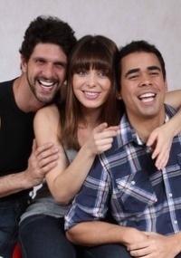 Sheila Mello, Thiago Pessoa e Guilherme Chelucci em cena da peça