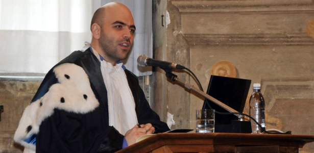 "O escritor Roberto Saviano, autor do best-seller ""Gomorra"""
