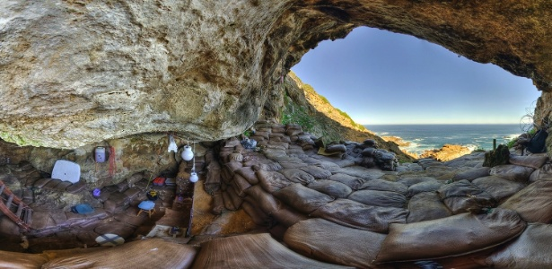 Blombos Cave, na África do Sul  - AP Photo/Magnus Haaland, Science
