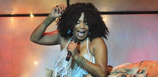 A cantora Margareth Menezes é uma das atrações do Show da Consciência Negra - Estúdio Gato Louco/Divulgação