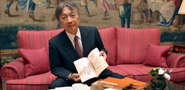 Em galeria de Tóquio, Mitsuru Uragami mostra livros de Katsushika Hokusai  (1/12/2011) - AFP PHOTO/ PIERRE VERDY