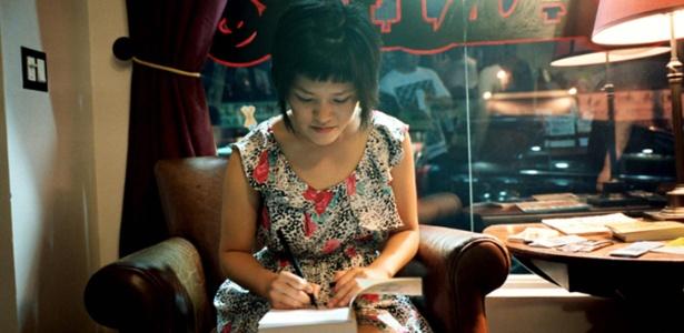 """Jen Wang autografa """"Koko Be Good"""", sua primeira graphic novel - Reprodução"""