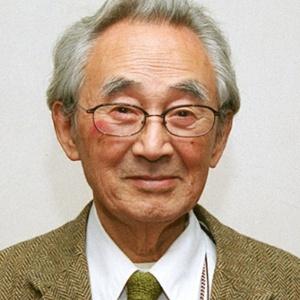 Morre o designer japonês Sori Yanagi (2002) - AP