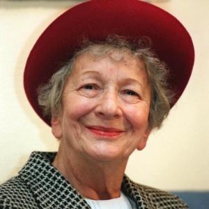Nobel de Literatura Wislawa Szymborska (dezembro/1996) - AP