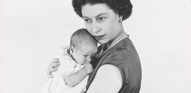 A Rainha Elizabeth em foto tirada por Cecil Beaton em 1960  - EFE