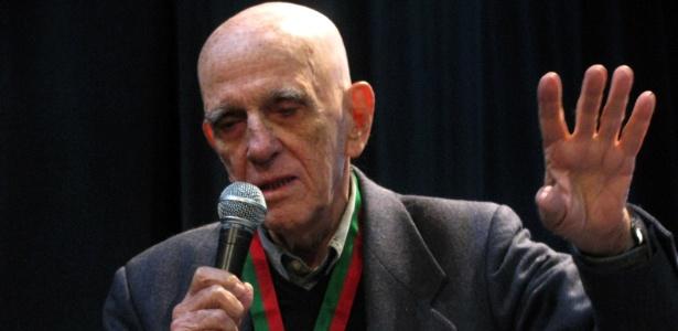 """O escritor Rubem Fonseca participa do festival literário Correntes d""""Escritas, em Póvoa de Varzim (no Norte de Portugal) (23/2/12) - Maurício Hashizume/UOL"""
