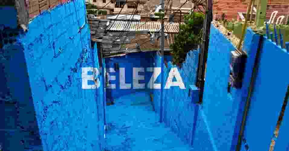 """No Brasil, os espanhóis chegaram a pensar em realizar uma obra em uma favela de São Paulo e outra no Rio de Janeiro. """"Mas o projeto na Vila Brasilândia foi tão interessante e intenso que acabamos ficando lá a maior parte do tempo"""", disse Carrillo - Boa Mistura"""