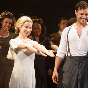 """Cena do musical """"Evita"""", com Ricky Martin, uma das cinco maiores bilheterias da Broadway atualmente - Miguel Rajmil/Efe"""
