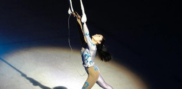 Bailarina do Moscow Circus On Ice durante ensaio em Madri, Espanha (28/12/11) - Andrea Comas/Reuters