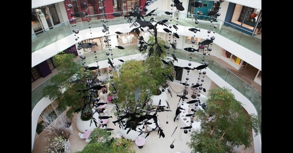 Noventa showrooms exibem quinhentas marcas pelos quatro andares do prédio do Chelsea Harbour