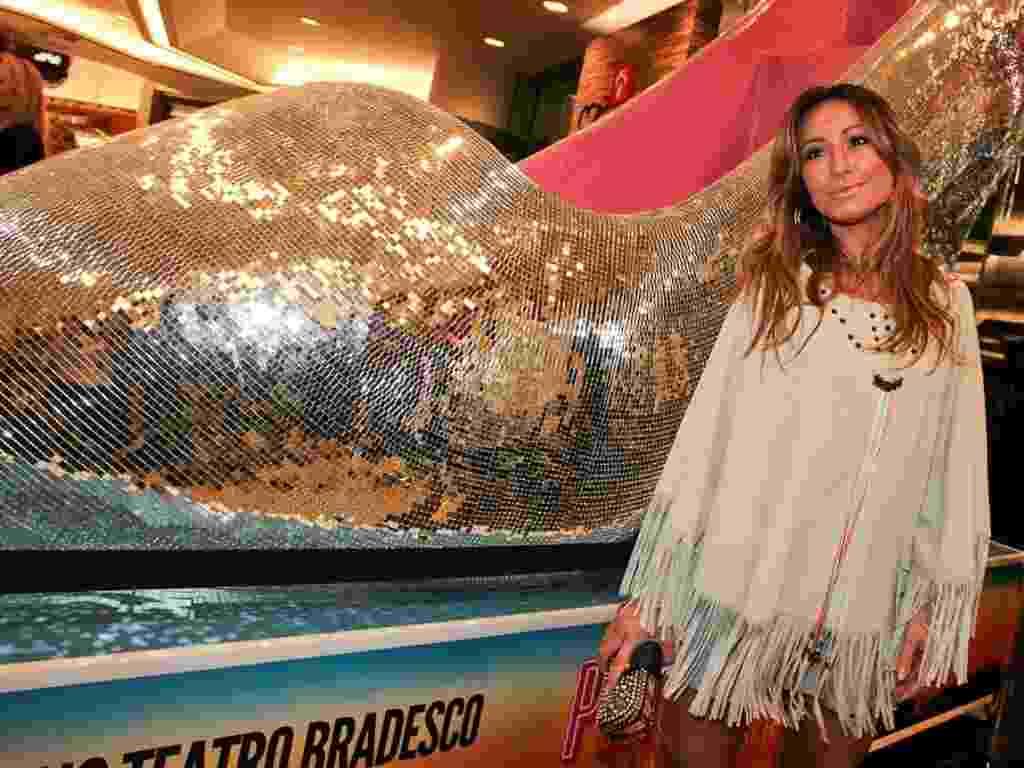 """Sabrina Sato chega à pré-estreia do musical """"Priscilla, Rainha do Deserto"""" no Teatro Bradesco, em São Paulo (16/3/12) - Photo Rio News"""
